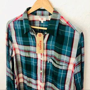 NWT Levi's Button-Down Shirt - Sz Large